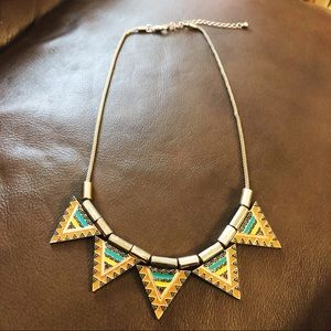 Jewelry - 🌟 Aztec Pattern Triangle Necklace 🌟